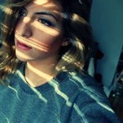 Melanie Moat Is Ugly Girls (Followers) Fash...